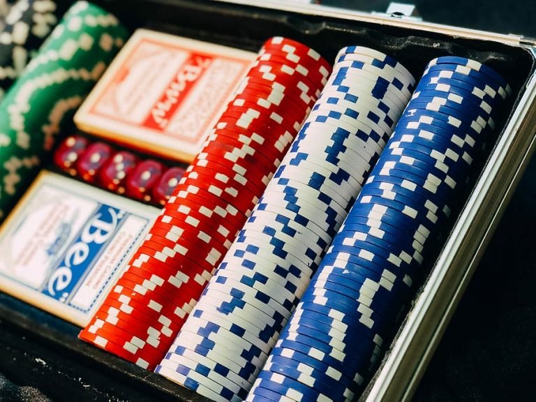 how to place chips in live roulette